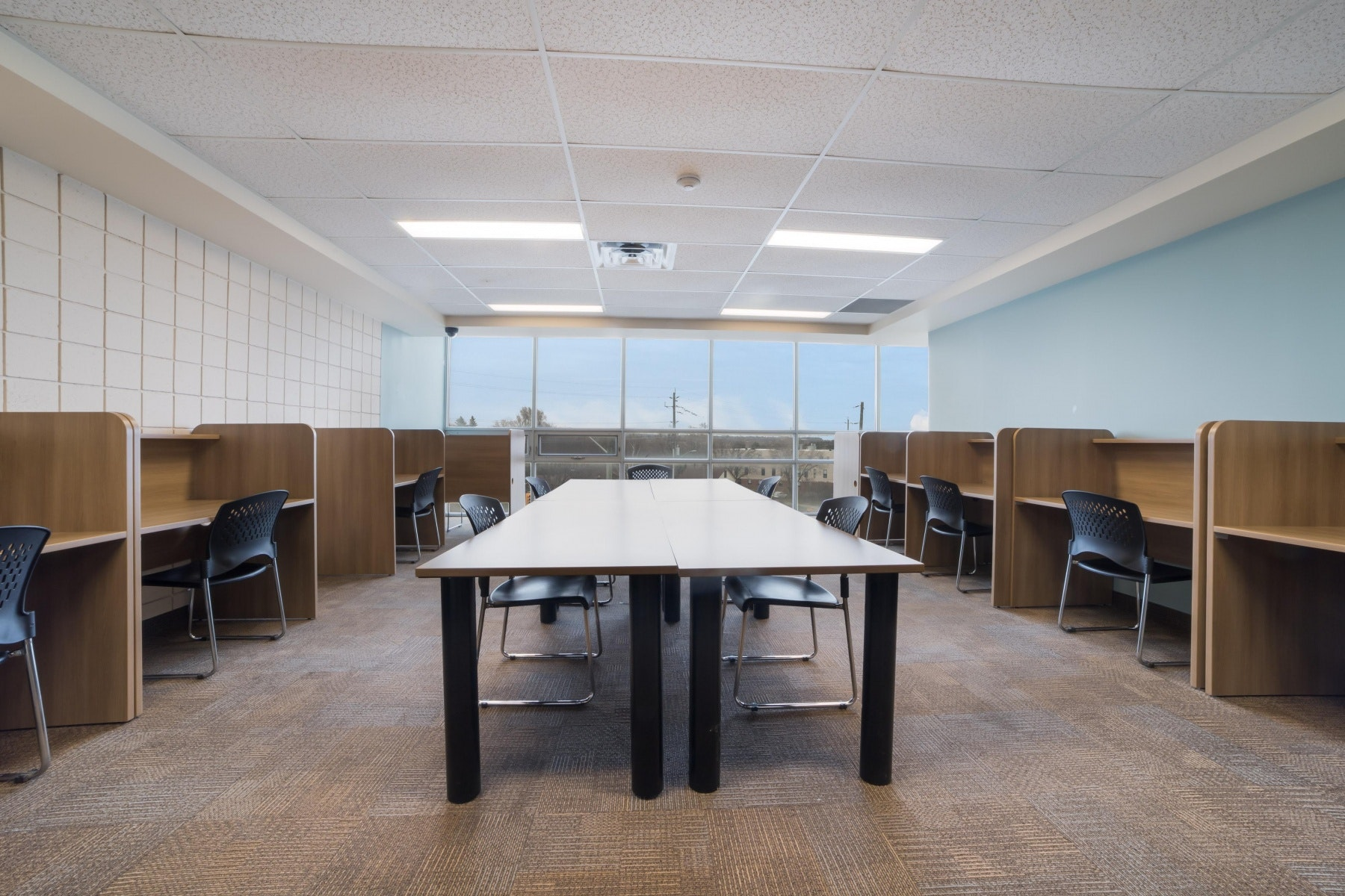 Study lounge with tables and chairs